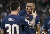 ميسي: قرار برشلونة صدمني.. ونيمار ساعدني على الاندماج في باريس